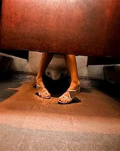 feetbathroom - Cinderella Solution